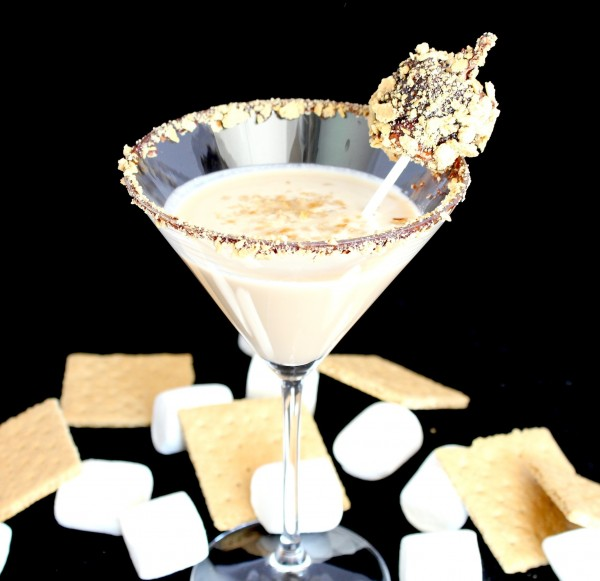 Summer S'mores Martini – A Summer Cocktail Recipe