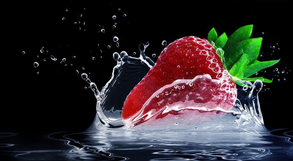 strawberries clean fruit