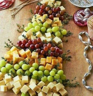 cheese and grapes Christmas tree
