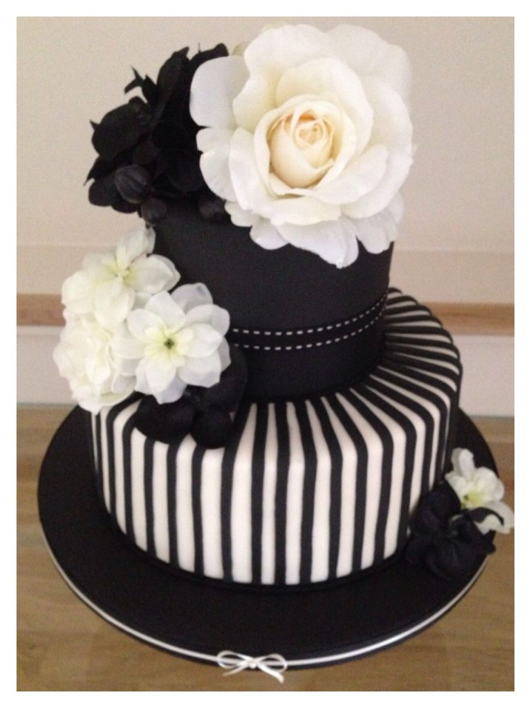 white and black cakes