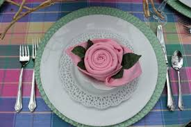 rose napkin folding