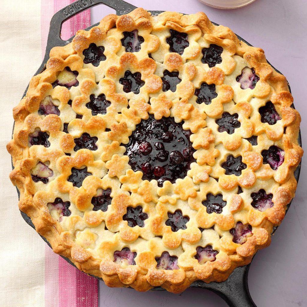 blueberries pies